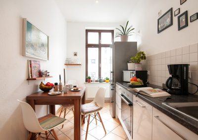 Monteurzimmer Küche mit Sitzgruppe
