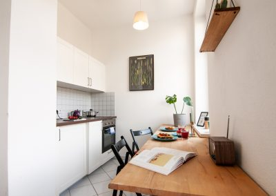 Monteurzimmer Küche mit Sitzgelegenheit